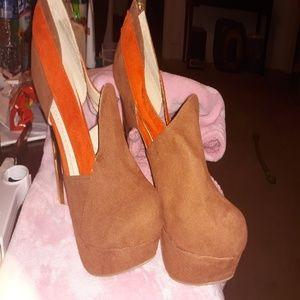 Liliana heels